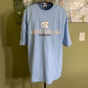North Carolina Tar Heels T-shirt in size XXL.